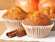 Мъфини с ябълки и локум